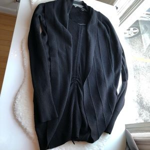 Lululemon black cinch side sweater cardigan size M